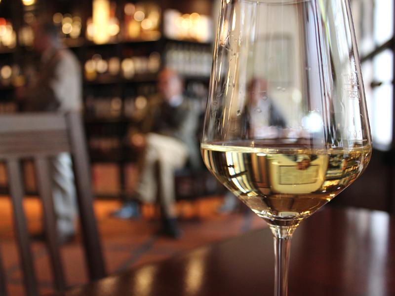 Als ein Stück der lebendigen Geschichte Schwerins ist das Weinhaus Wöhler für die historische Altstadt eine unverzichtbare Institution.