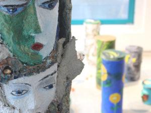 Außergewöhnliche Kunst aus Papier findet man in der Galerie von Dörte Rintelen.