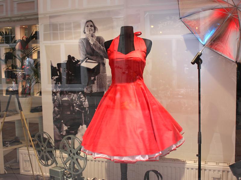 Aus New Look wurde Pretty Woman. Die Ausrichtung der Modeboutique in der Puschkinstraße 52 hat sich verändert und startet seit 2016 neu durch.