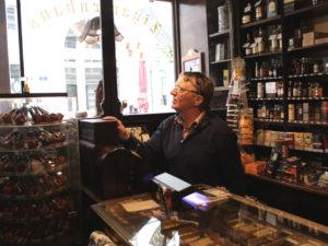 Ein Traditionsgeschäft wie es im Buche steht. Das Zigarrenhaus Preussler steht schon seit den 1920er Jahren für Qualität in Raucherwaren.
