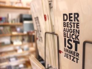Ein ekrative Produzentengemeinschaft betreibt gemeinsam in der Münzstraße 18 die Galerie Blickwinkel wo zuvor viele Jahre das Café Antik zuhause war.